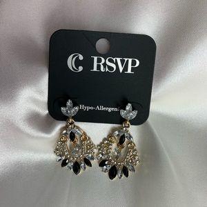 New-Charming Charlie gold,diamond,black earrings